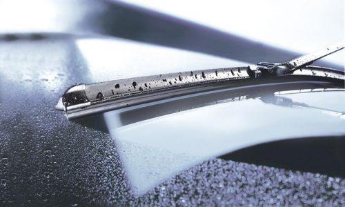 ساخت برف پاک کنی برایجلوگیری از انجماد آب بر روی شیشه خودرو در ایران!