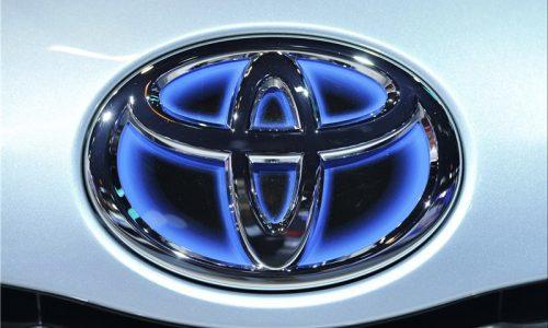 تویوتا به دلیل فروش خودرو به ایران از آمریکا عذرخواهی کرد!