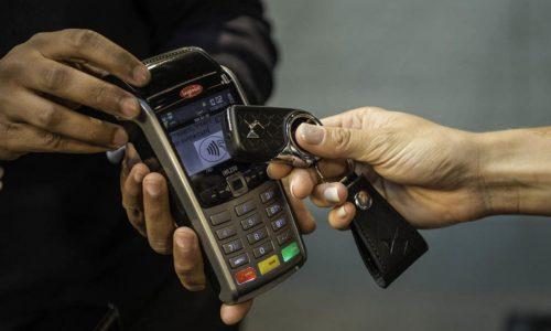 با کلید خودرو هزینه خرید را پرداخت کنید/ فناوری جدید یک شرکت خودروساز برای آسانی سبک زندگی