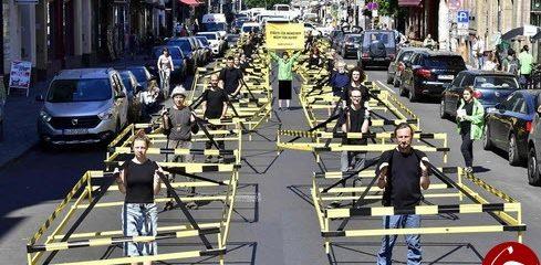 اعتراض جالب آلمانیها به خودروهای تک سرنشین +عکس